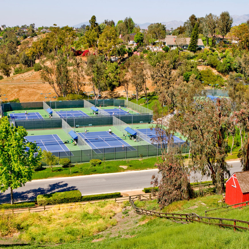 Aliso Creek Apartments: Nellie Gail Ranch Tennis Club