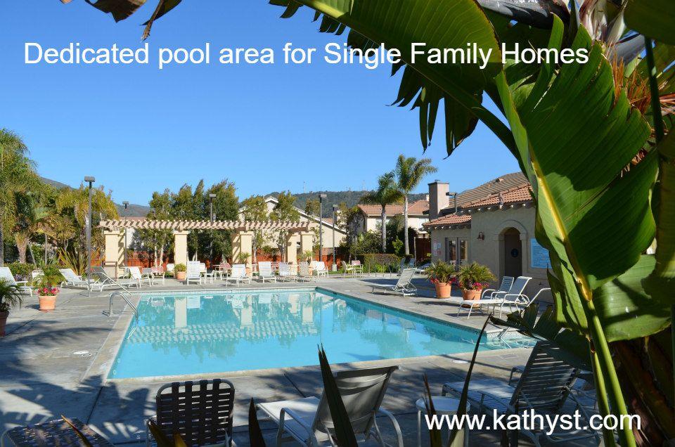 Ventura Sycamore Village Single Family Homes pool area