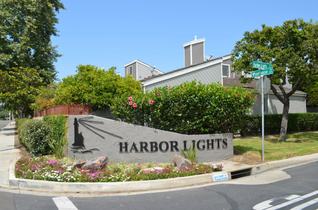 Harbor Lights Entrance