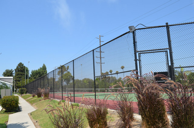 More Tennis Courts in Harbor Lights