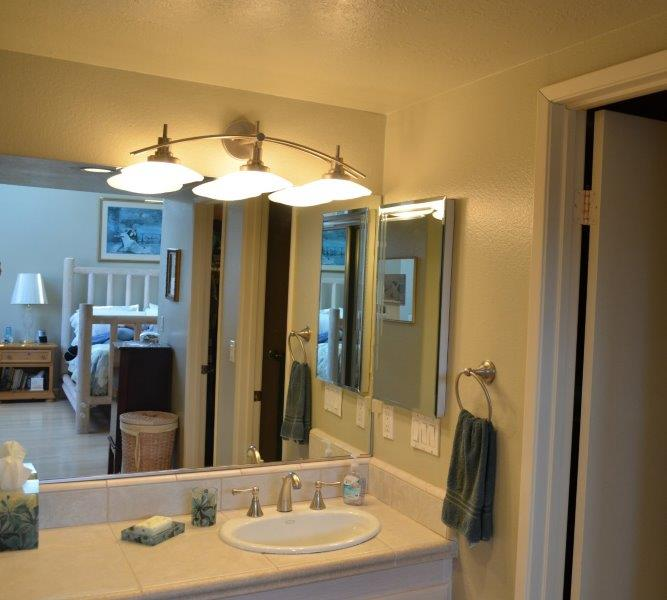 Master Bathroom with 2 closets in Harbor Lights