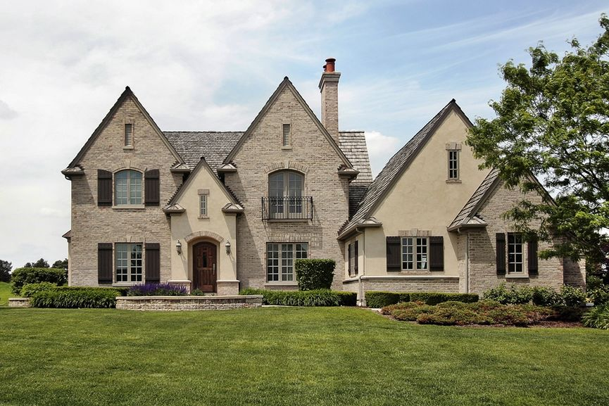 Top Luxury Listing Agents Top 3 Ways To Sell Property image
