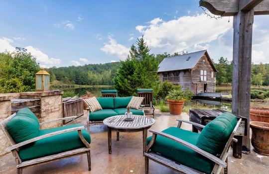 511-farm-lake-rd-trussville-al-35173-outdoor-patio
