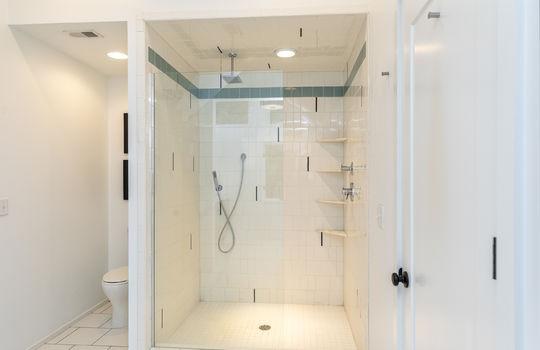 511-farm-lake-rd-trussville-al-35173-home-for-sale-master-shower image