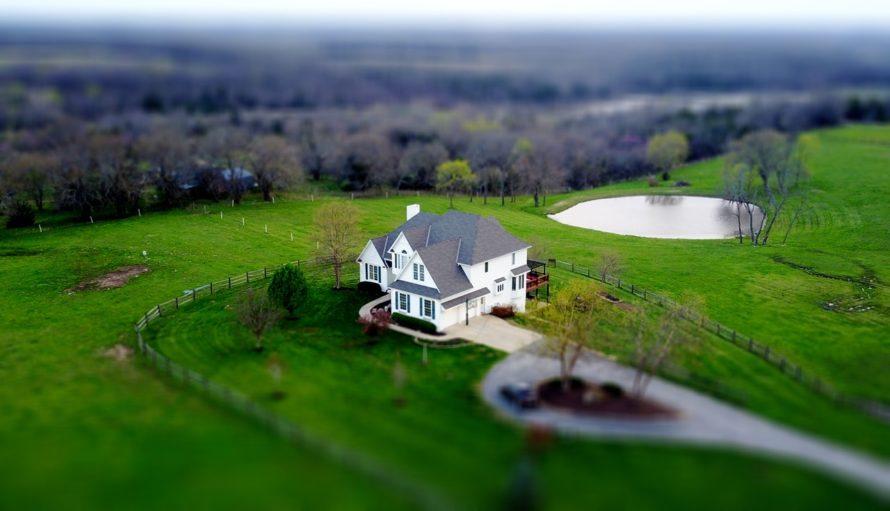 upsizing-in-retirement-hobby-farm-image