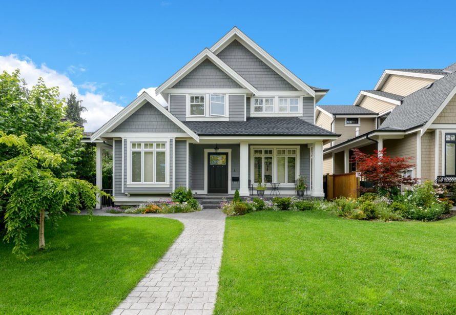 lawn-care-curb-appeal-image