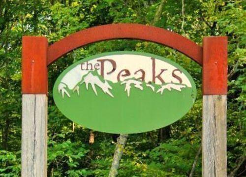 The Peaks/Peaks Village