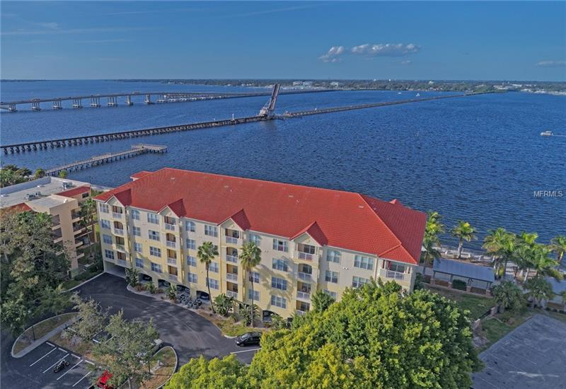 Bradenton waterfront condo