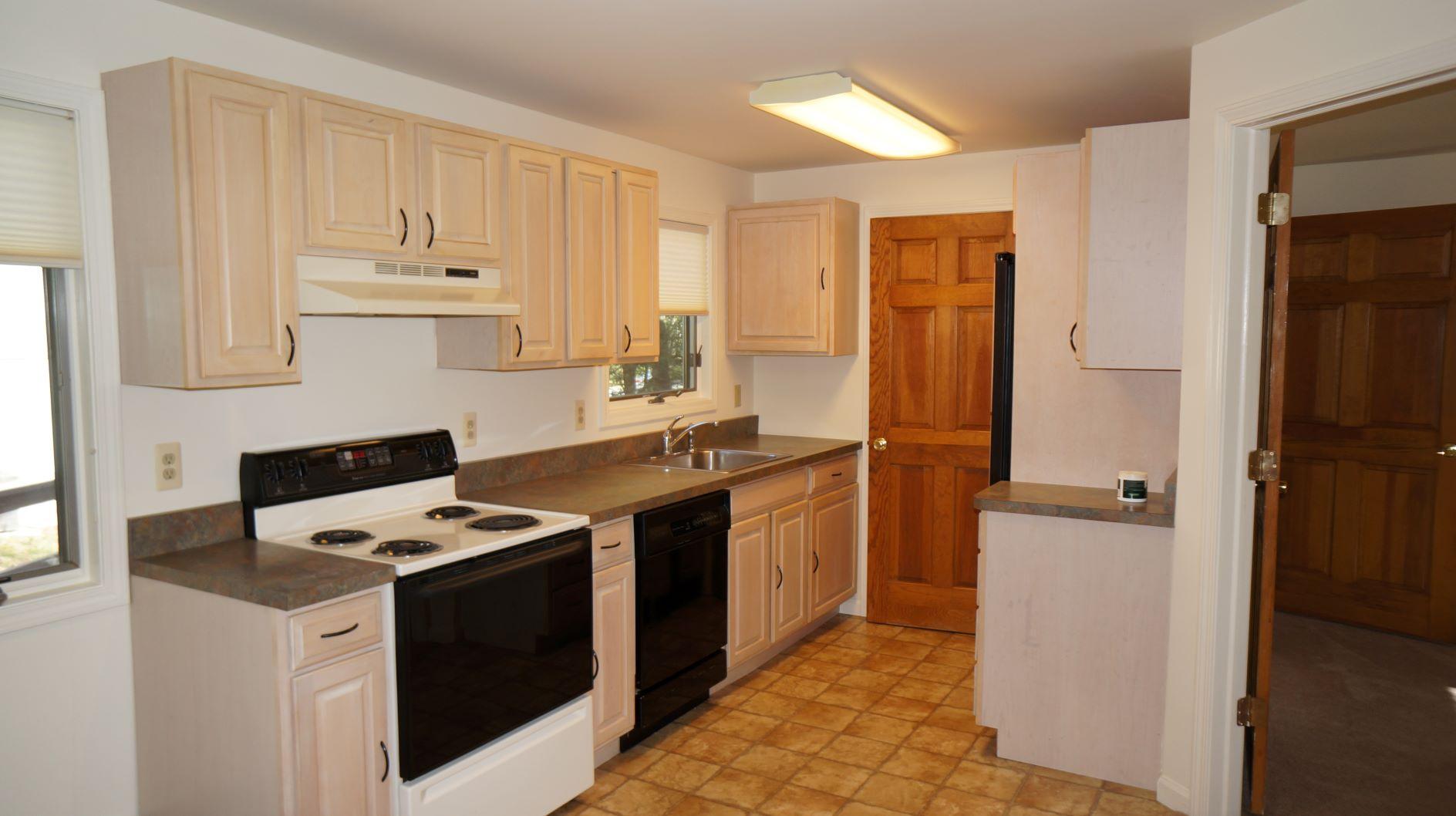 Cozy One Bedroom Apartment! - MalekProperties.com