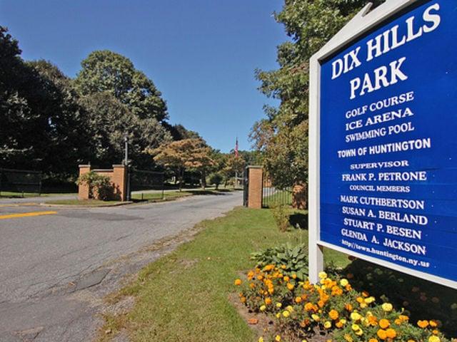 Dix Hills