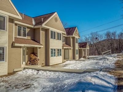 Locke Mountain Slopeside Townhomes