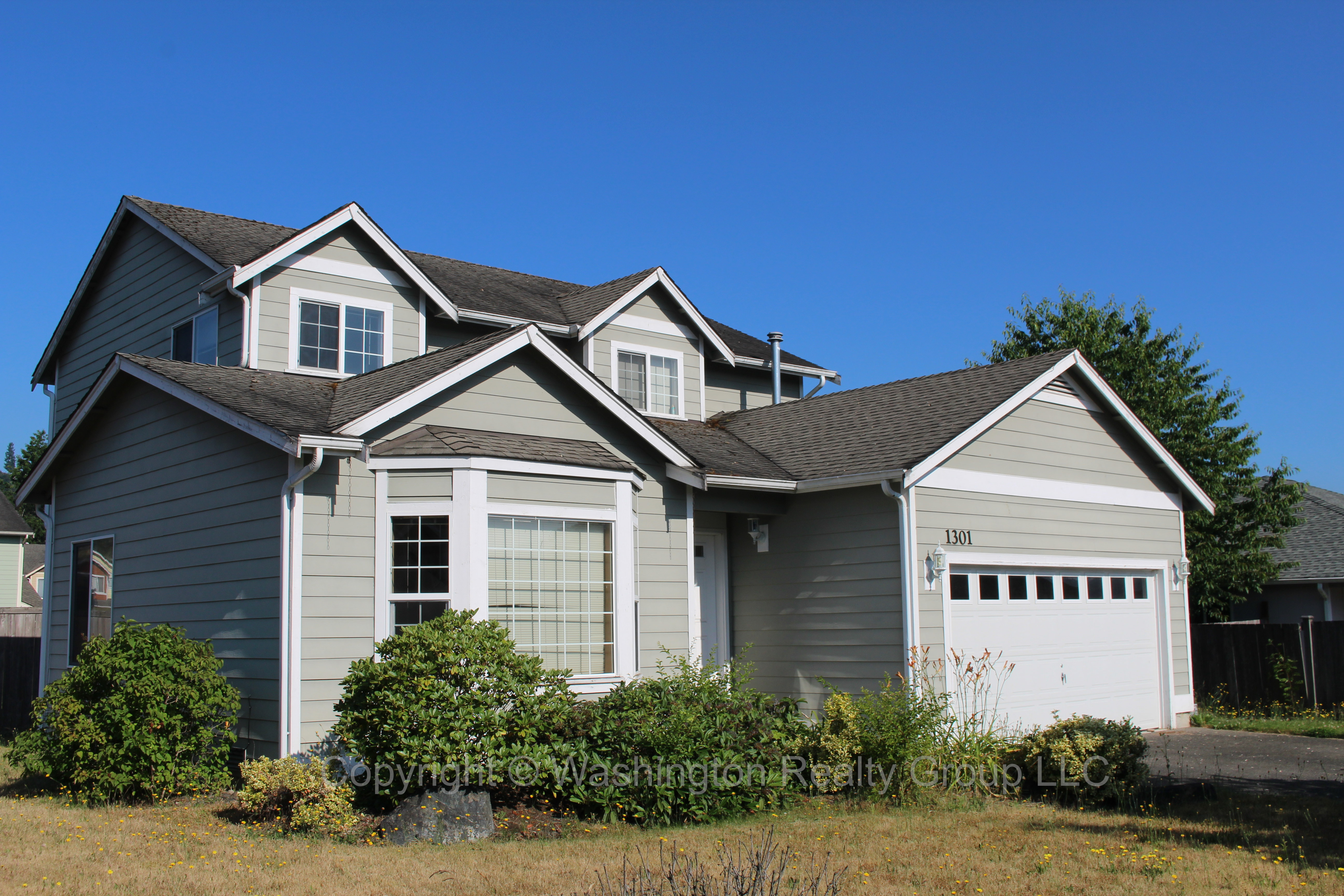 Front yard of Home for sale in Orting