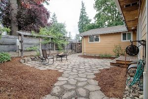 14710 SE 262nd St Kent WA patio