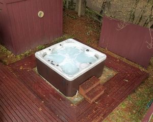 62412 Sorral Way E Hot tub