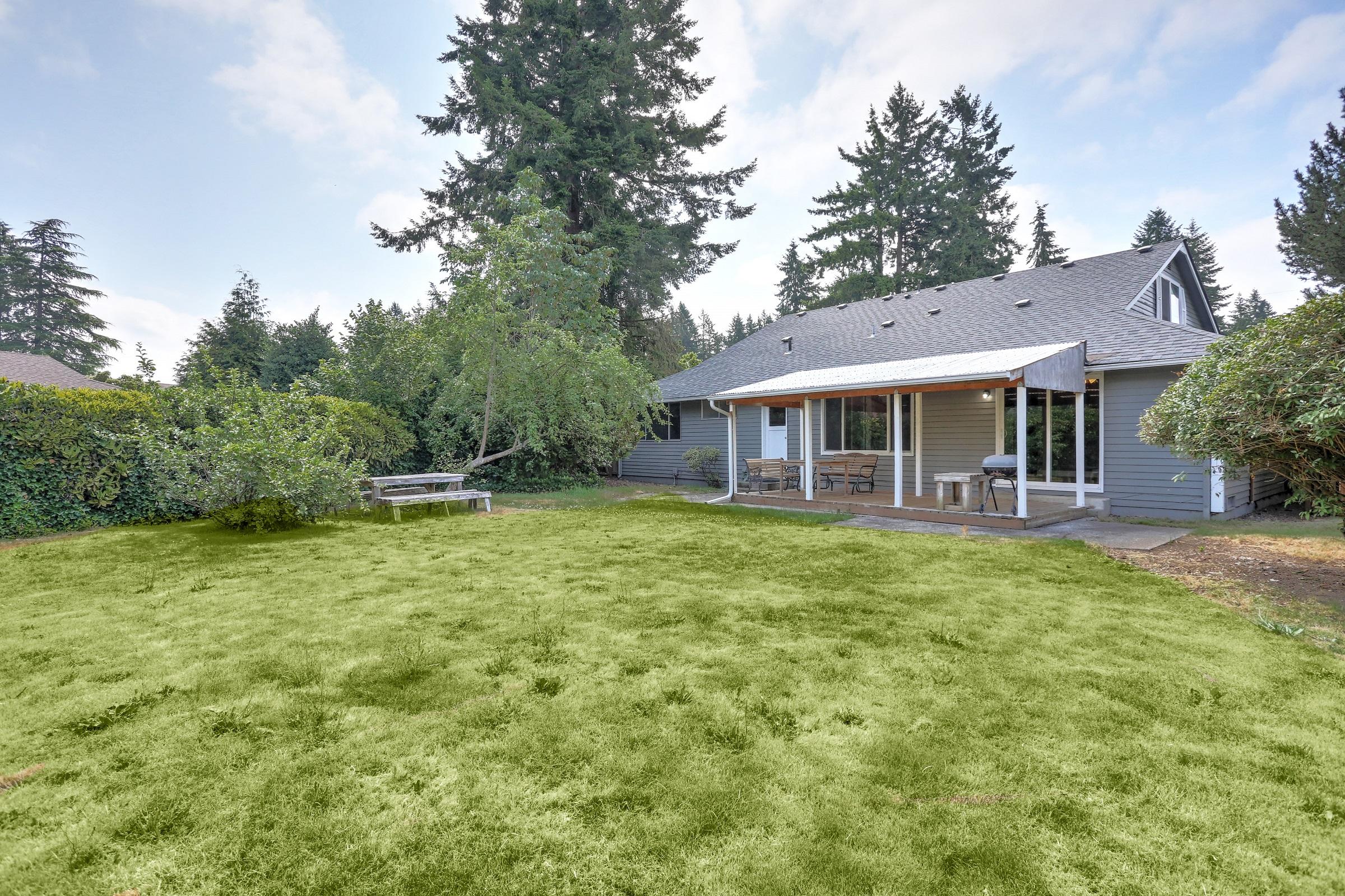 Backyard home for sale in Sumner