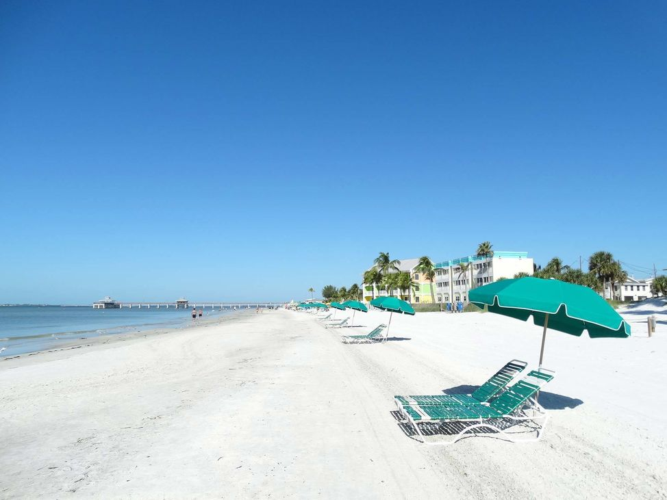 Fort_Myers beach- real estate - buy-sell-go mcguire group