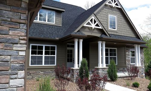 chestnut exterior roof lines