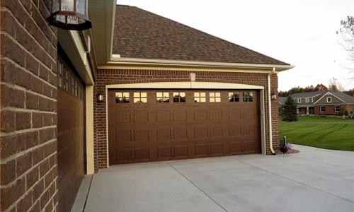 Woodland Dual Garages