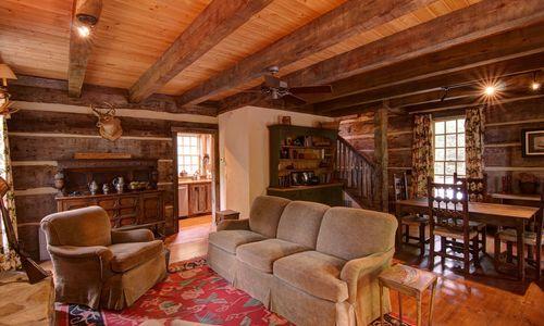 1420-highgate-rd-highlands-nc-guest-house-living-room-v2