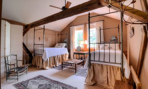 1420-highgate-rd-highlands-nc-upstairs-bedroom-1