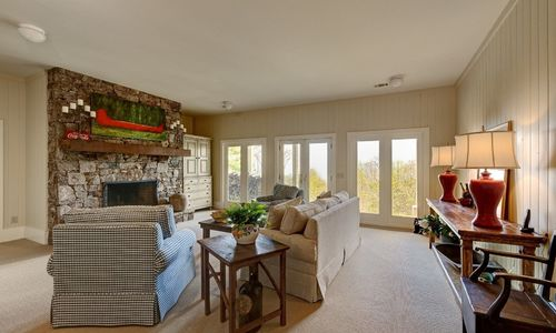 945-brushy-face-highlands-nc-downstairs-family-room