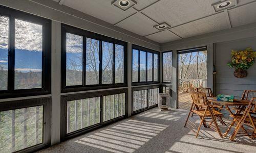 238-crescent-trail-highlands-nc-4-season-room