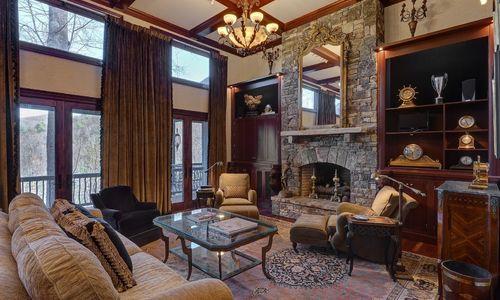 869-big-buck-road-highlands-nc-living-room