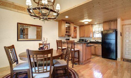 72-9B-chatterbox-way-sapphire-nc-dining-kitchen-2
