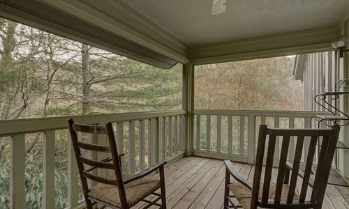 205-chestnut-cove-highlands-nc-resized-21
