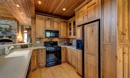 510-fariway-drive-lake-toxaway-nc-resized-11