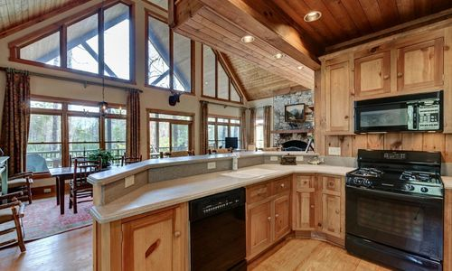 510-fariway-drive-lake-toxaway-nc-resized-12