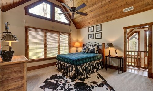 510-fariway-drive-lake-toxaway-nc-resized-17