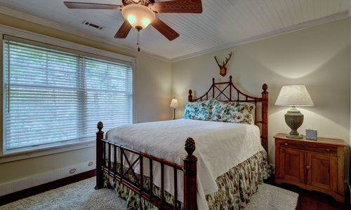 220-blackberry-lane-highlands-nc-bernie-pics21