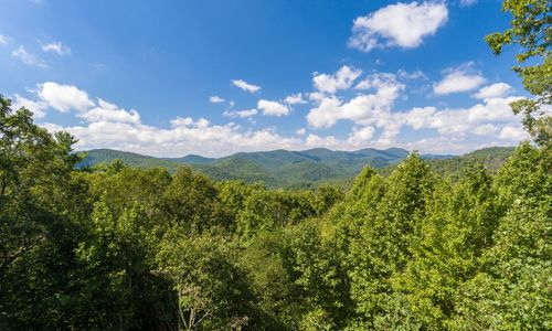 134-Cotswold-Way-New-Highlands-NC-01
