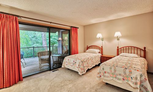 29-Winterberry-Court-Highlands-NC-12