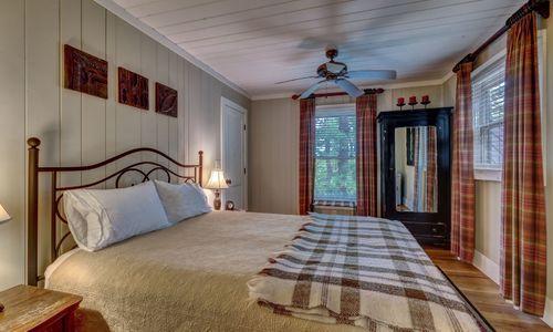 3826-HWY-64-Cottage-Highlands-NC-02