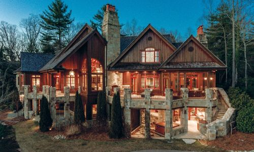 41-Chimney-Point-Lake-Toxaway-NC-08