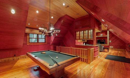 41-Chimney-Point-Lake-Toxaway-NC-Carriage-House-03