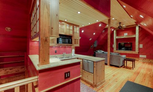 41-Chimney-Point-Lake-Toxaway-NC-Carriage-House-05