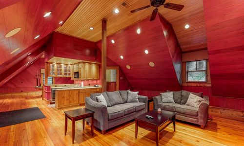 41-Chimney-Point-Lake-Toxaway-NC-Carriage-House-12