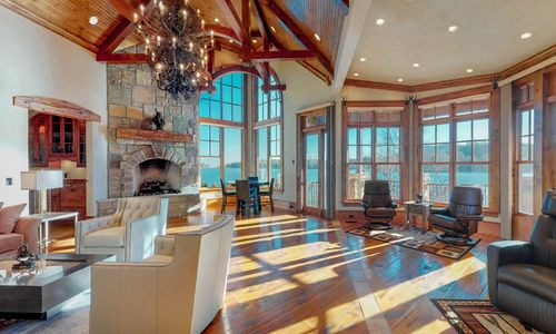 41-Chimney-Point-Lake-Toxaway-NC-Great-Room-06
