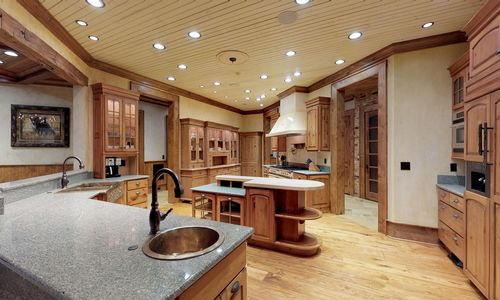 41-Chimney-Point-Lake-Toxaway-NC-Kitchen-07