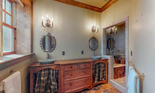 41-Chimney-Point-Lake-Toxaway-NC-Lower-Level-Bedroom-Suites-04