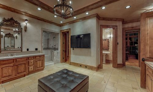 41-Chimney-Point-Lake-Toxaway-NC-Master-Suite-02