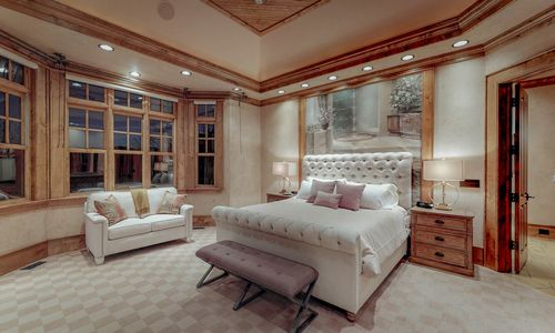 41-Chimney-Point-Lake-Toxaway-NC-Master-Suite-04