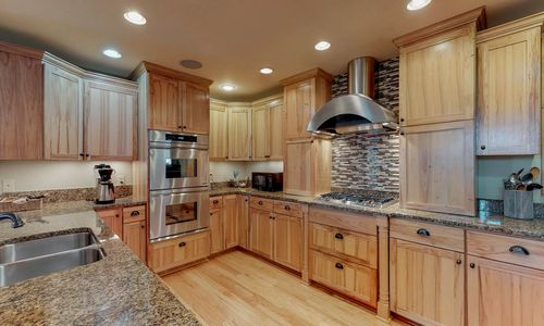 357-Rock-Mountain-Sapphire-NC-Main-Level-Kitchen-Dining_12