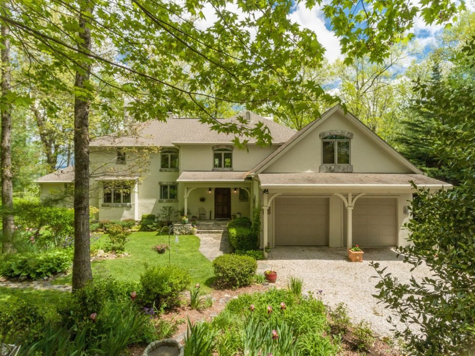 1690-Twin-Lakes-Dr-Highlands-NC-28741-Drone-Exterior-Gardens_34