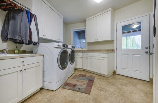 13521-nw-49th-ave-vancouver-wa-small-048-46-13521-nw-49th-ave-666×445-72dpi