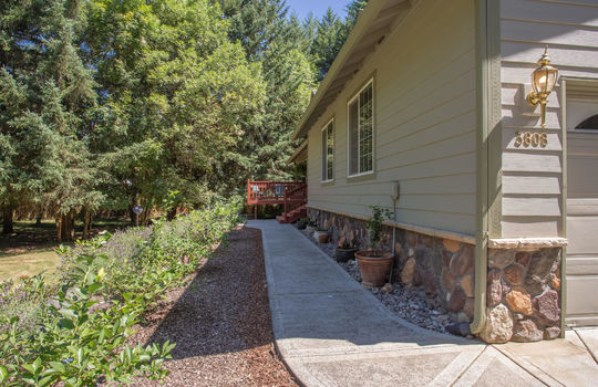3808 NW Firtree Dr. Woodland, WA-2