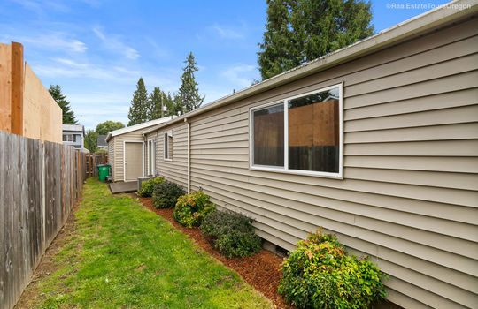 7041 NE 7TH PL Portland, OR